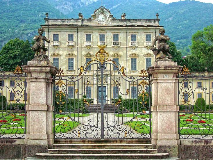 Beautiful villa in Lake Como Italy.  photo