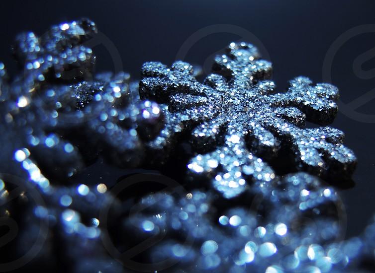 silver snowflake pendant photo