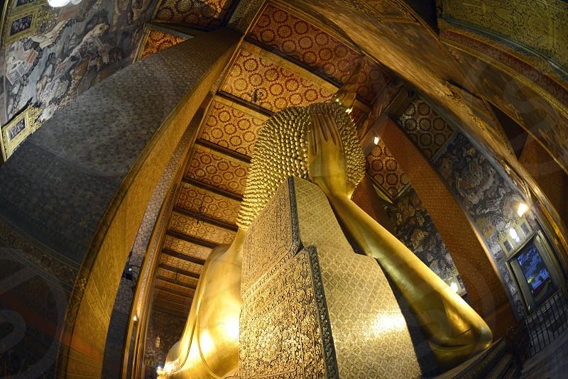 Der Liegende Buddha in der Tempelanlage des Wat Pho in der Hauptstadt Bangkok von Thailand in Suedostasien. photo