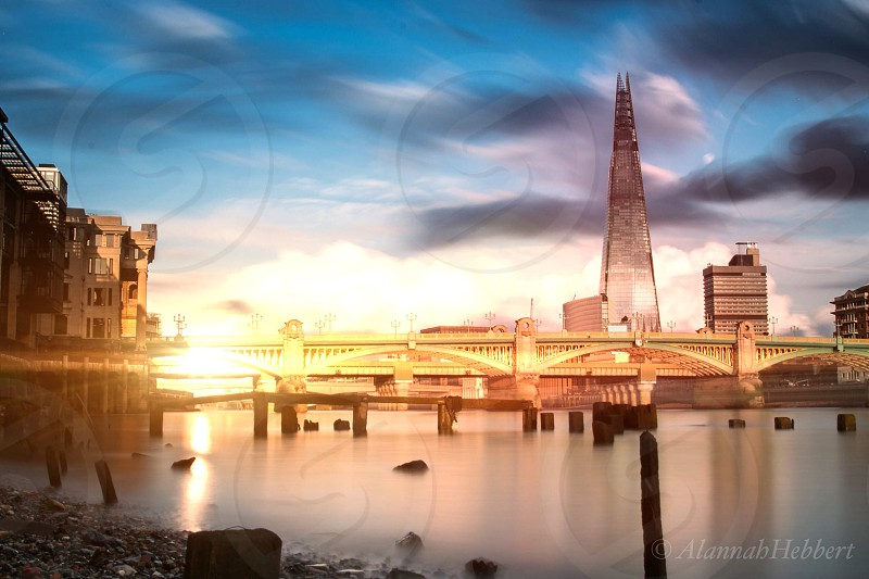 London shard river Thames photo