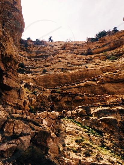 sandstone layer cliff face photo
