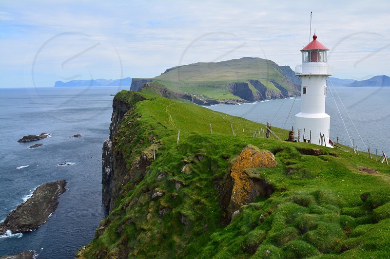 Faroe Islands Island Faroe mykines Denmark Lighthouse Green Nature Mountains cliffs puffin wanderlust hike océan photo
