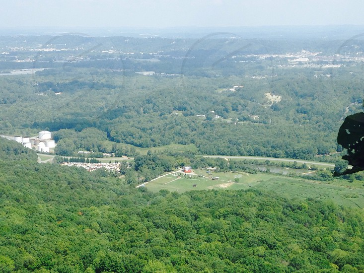 See Seven States At Rock City! #chattanooga #tennessee #seerockcity #amazingview #roadtrip2016 #georgia #alabama #northcarolina #florida #kentucky #atlanta #southernliving #godscountry #greatsmokeymtn photo