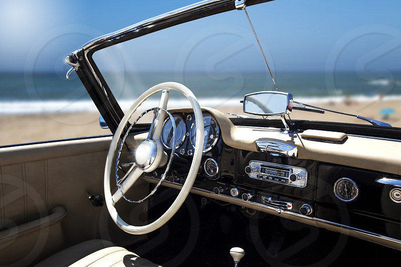 Mercedescarinteriorautomobile photo