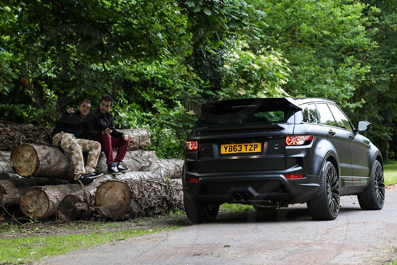 Ranger rover evoque England forest countryside friends woods  photo
