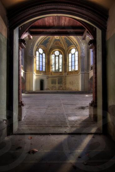 brown door photo