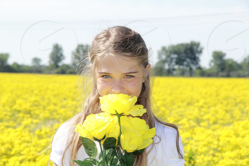girl eyes yellow pretty summer photo