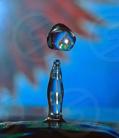 Waterdrop with a pattern of an old Journey recordbluesplash photo
