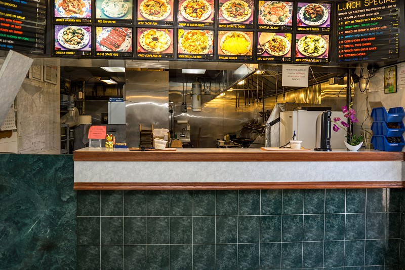 Chinese foodChinese restauranttakeoutcommercialgaskitchenneon signopen kitchenstoveretailChinese Ethnicitybusinessdeliveryfree photo