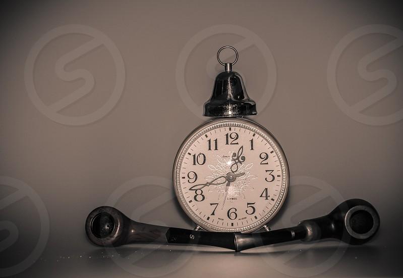 silver analog watch photo