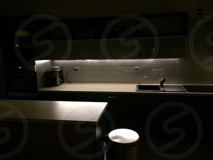 Simple kitchen photo