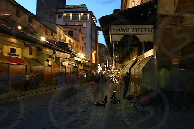 Street live photo