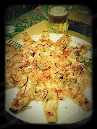vegetable pizza photo