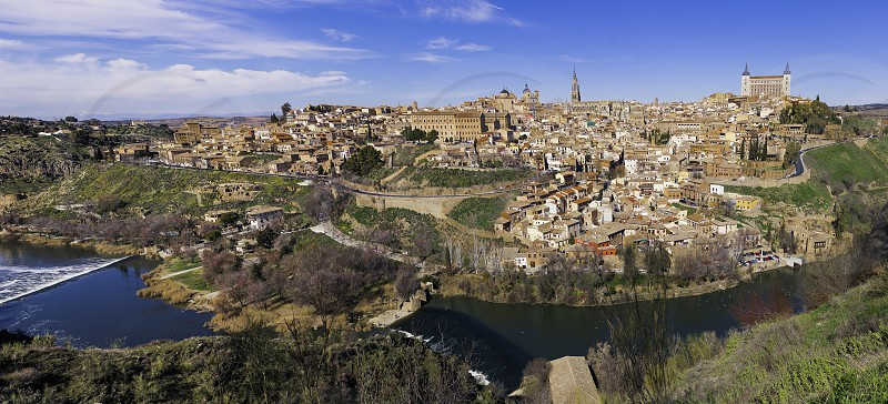 PANORAMIC VIEW OF TOLEDO IN HIGH DEFINITION photo
