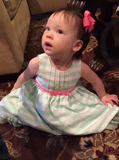 Baby bow hair photo