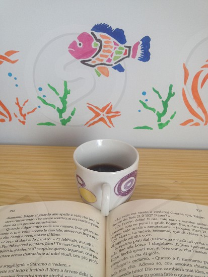 Coffè & book photo