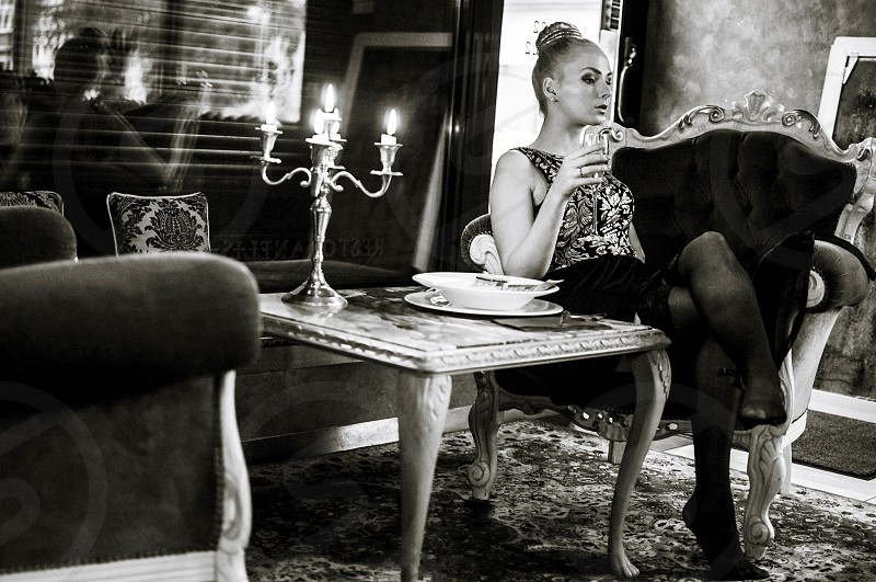girl woman fashion sexy photography photo model photoshoot photosession art restouran luxury class royal champagne photo
