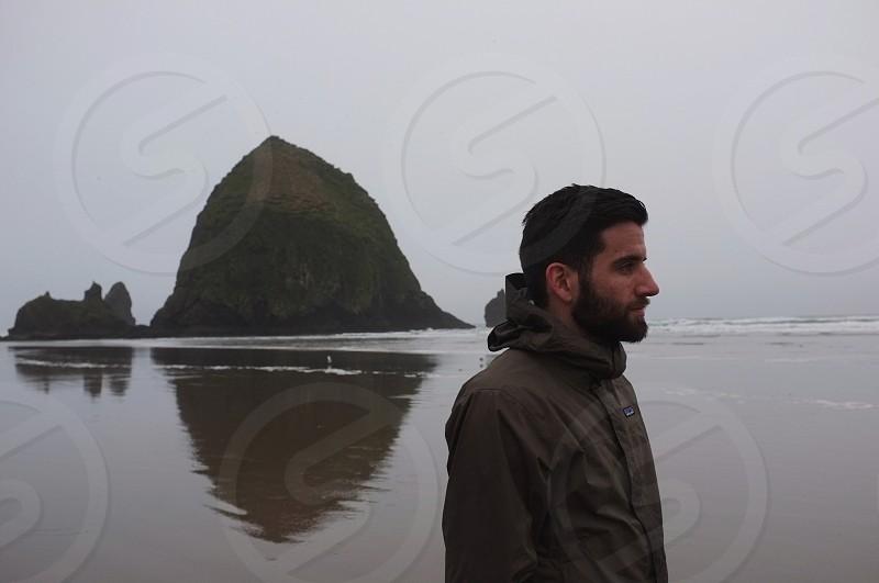men's black hoodie photo