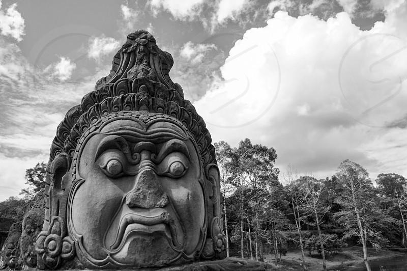 buddha stone statue photo