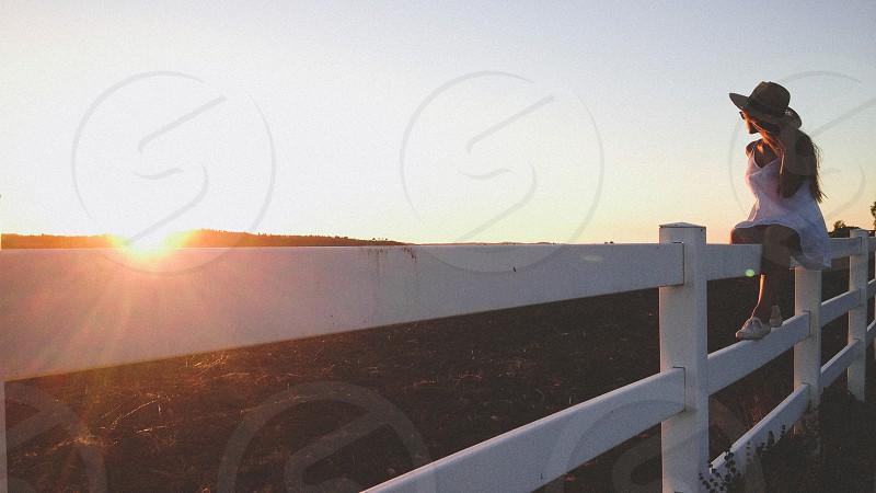 white wooden railing photo