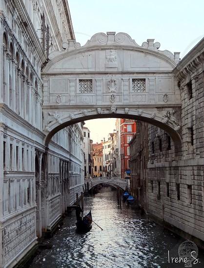 Ponte dei sospiri Venice photo