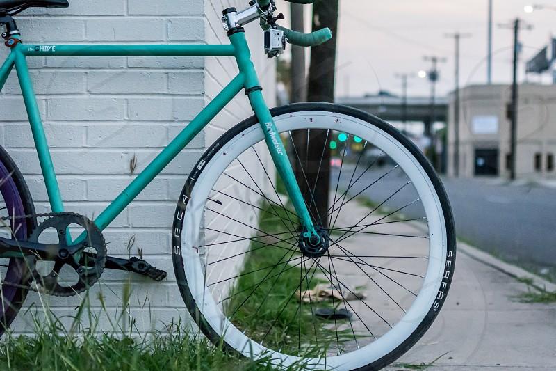 bike bicycle single speed singlespeed fixie fixed gear urban street photo