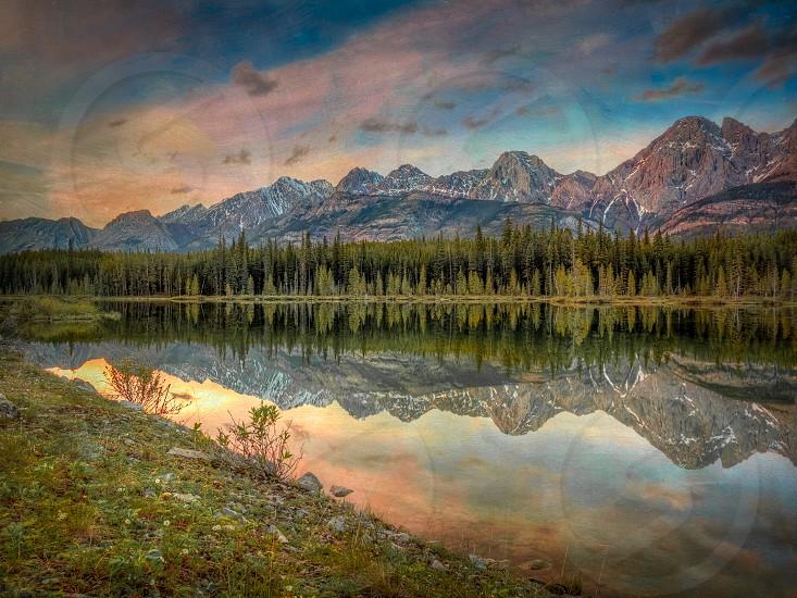 Alberta mountains photo