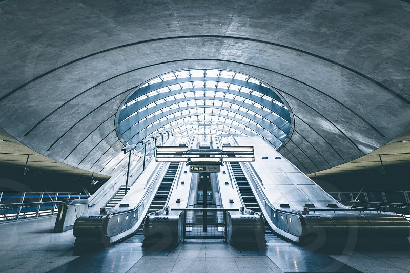 Exit in style at Canary Wharf Station photo