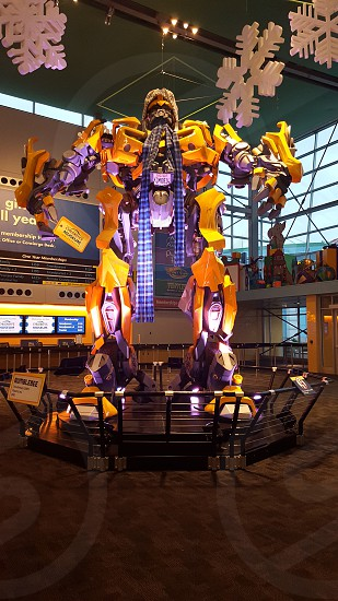 Children's Museum in Indianapolis IN Bumblebee is bundling up! photo