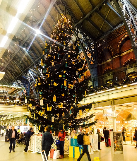 Christmas travel St Pancras shopping  photo