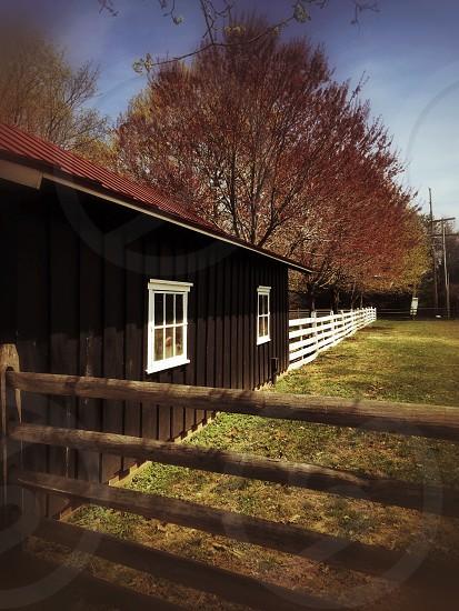barn house photo