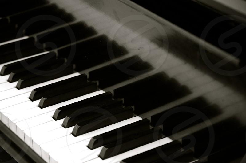 Piano and keys photo