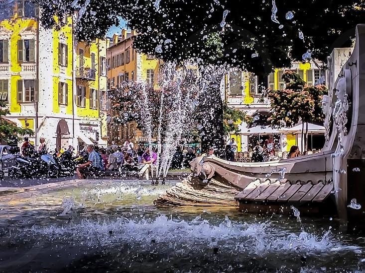 Place Fontaine hiver Garibaldi Nice alpes maritimes côté d'azur France photo
