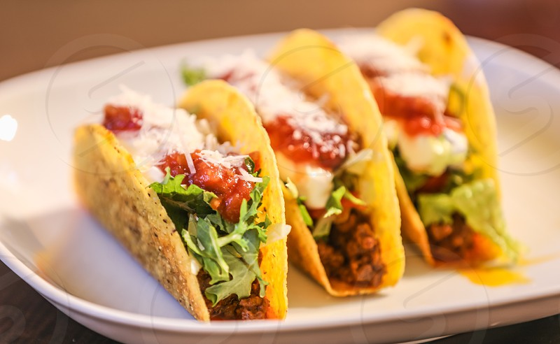 tacos mexican cuisine food dining home homemade cooking meat vegetables delicious tasty lettuce tomato green colorful cinco de mayo restaurant lunch dinner photo