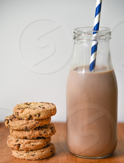 chocolate milk and chocolate chip cookies photo