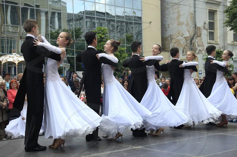 street dancing photo