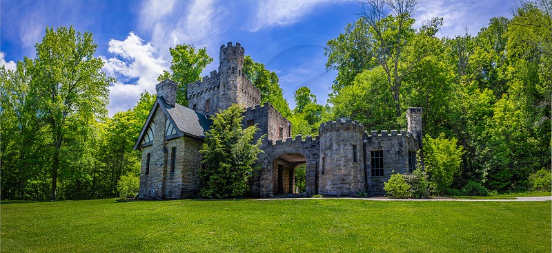 Squire's Castle Cleveland OH photo