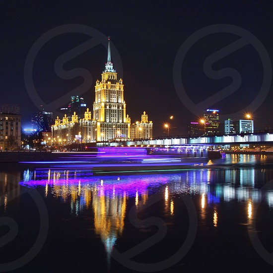 city night river nightlight long exposure reflection nobody light architecture building  photo