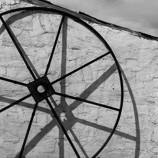 black steel round product   photo