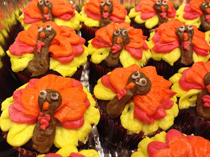 Thanksgiving turkey cupcakes photo