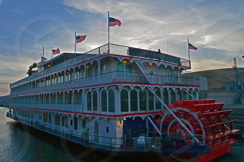 """""""Queen of the West"""" American Cruise Lines - Snake River Washington photo"""