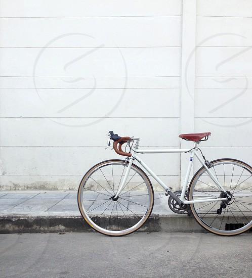 white mountain bike photo