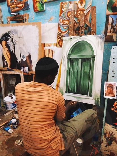 Painting Zanzibar door photo