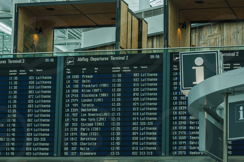 air port departure schedule photo