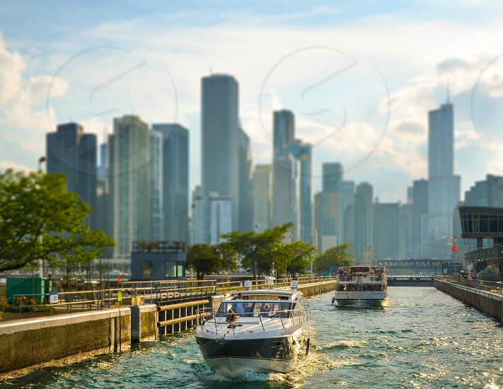 Summer in Chicago. Boat tours photo