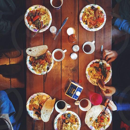 breakfast table photo