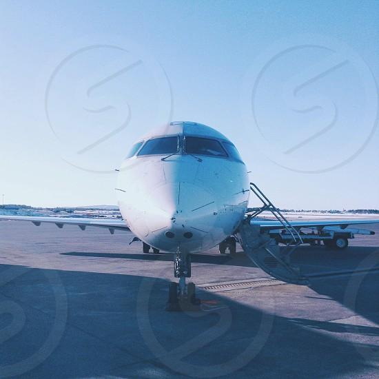 white airplane head photo