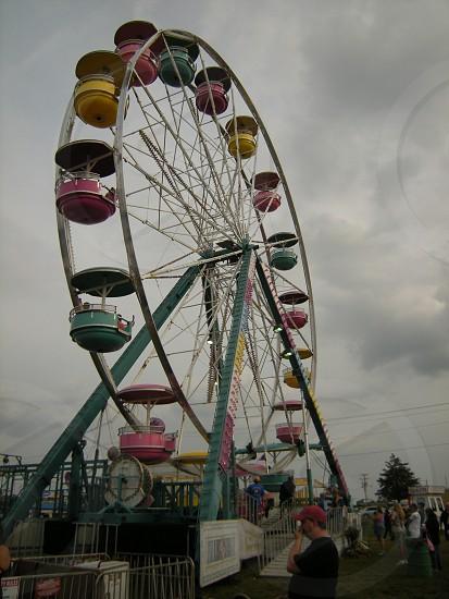 Ferris wheel on overcast day photo