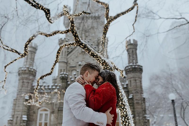 Snowy Chicago Couples Photos photo