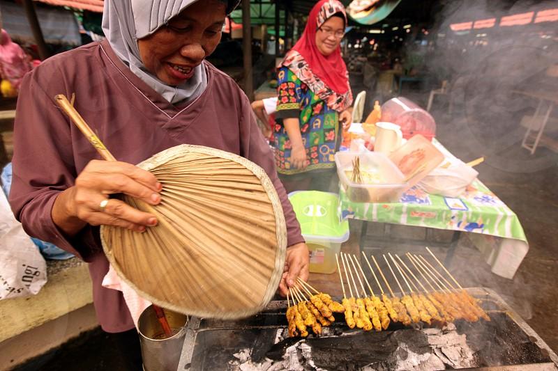 Der Alltag auf dem Markt im Zentrum der Hauptstadt Bandar Seri Begawan im Koenigreich Brunei Darussalam auf Borneo in Suedostasien photo